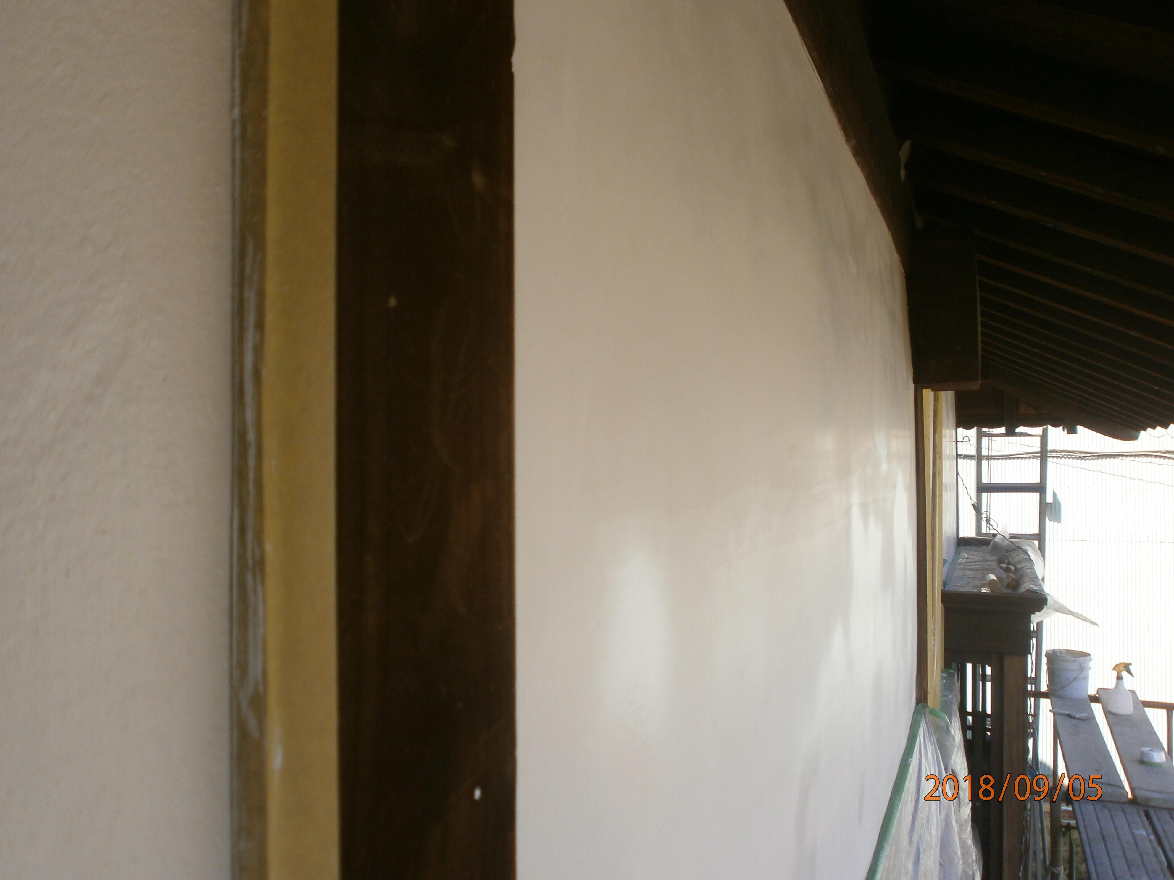 漆喰壁塗り替え工事