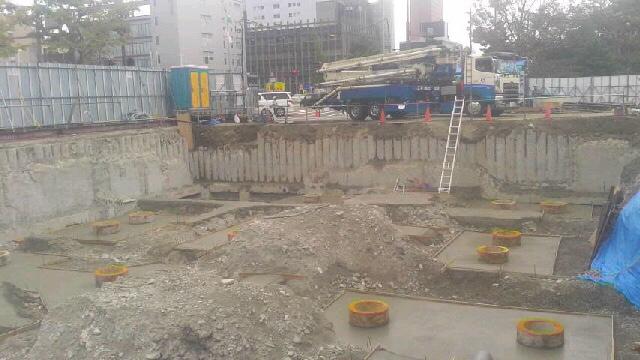 14階マンション捨てコンクリート